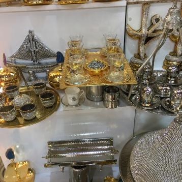 Puesto de tazas de té en el Gran Bazar